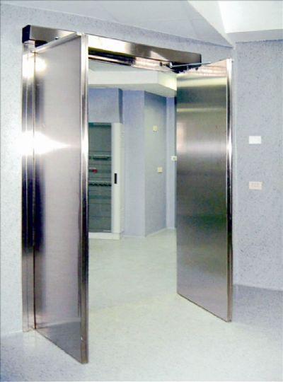 דלת אטומה עם עופרת