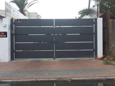 שערים חשמליים-שער חשמלי לחניה