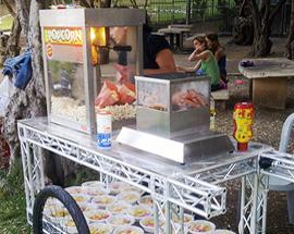 דוכני מזון לאירועים נקניקיות ופופקורן