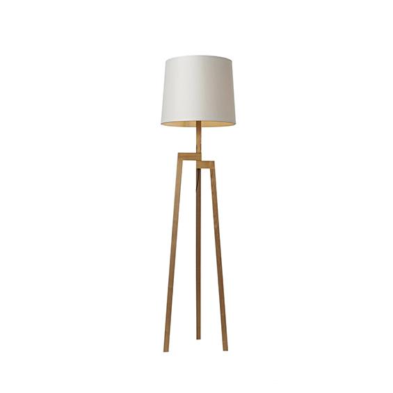 מנורת עמידה אביר עץ