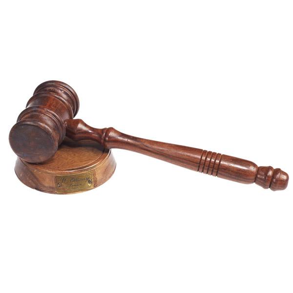 פטיש מנהלים/ שופטים