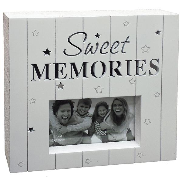 Sweet Memories מסגרת עץ לבנה בחיתוך לייזר