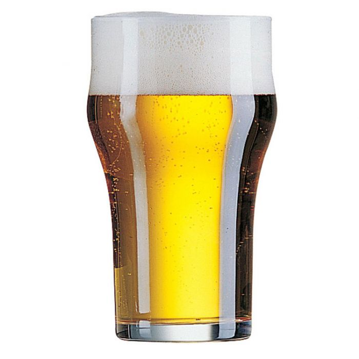 כוס בירה עם בטן