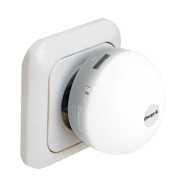 """GLOW"" מטען קיר 2 יציאות USB נפח 2.1A ותאורת לילה מבית Charge-It"