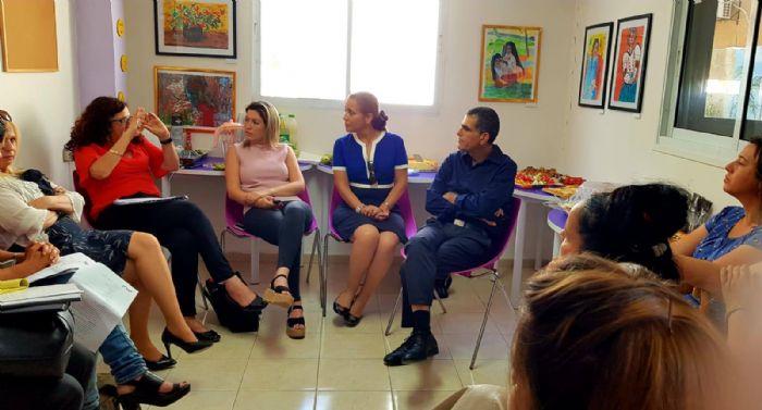 """ביקור הוועדה למאבק בסחר בנשים ובזנות בראשותה של ח""""כ ד""""ר עליזה לביא"""