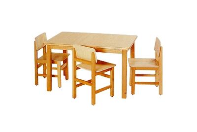 שולחן גן מעץ