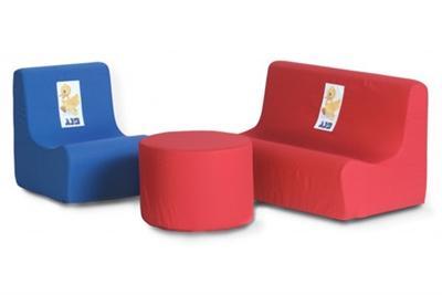 ספה דו מושבית וכורסה