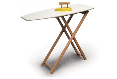 שולחן גיהוץ ומגהץ