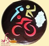 עוגת טריאתלון - הפעם בציפוי שוקולד עשיר - Triathlon cake, with a rich chocolate frosting