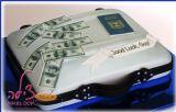"""עוגת מזוודה לבחור מוכשר שהחליט לחפש את מזלו בחו""""ל. מאחלים לו בהצלחה! A suitcase cake"""