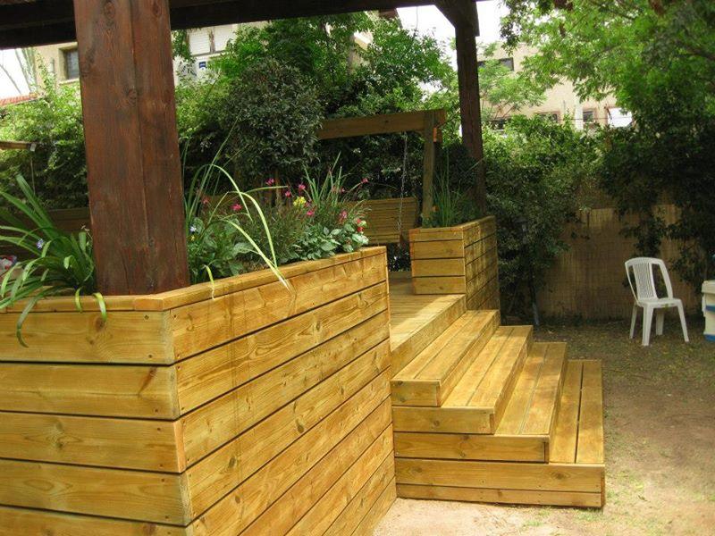 עבודות עץ: מדרגות ואדניות