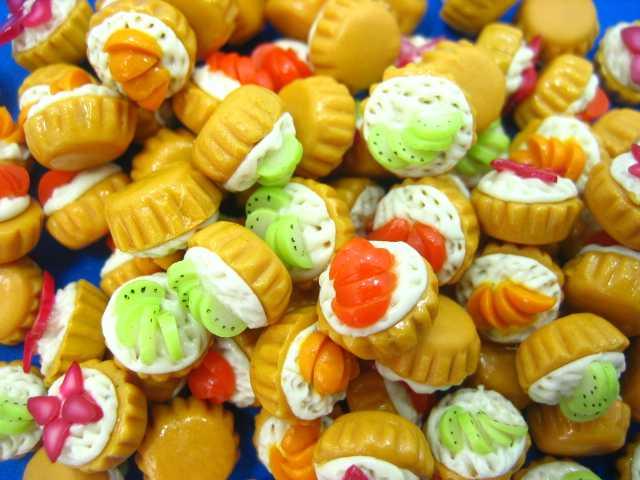 קאפקייקס מיניאטוריים עם פירות