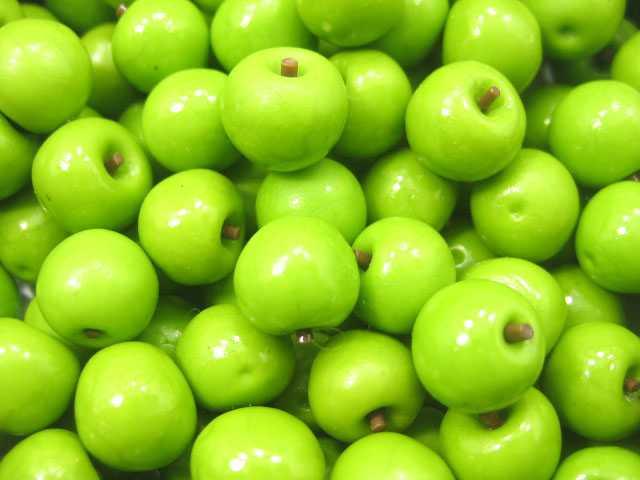 תפוחים ירוקים מיניאטוריים