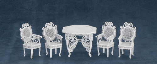 סט שולחן וכיסאות מיניאטוריים לחצר