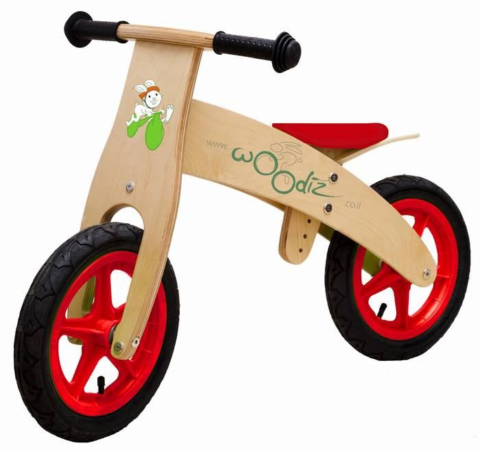 אופני עץ ללא פדלים- אופני שיווי משקל   פסען-  דגם A 09 צבע אדום
