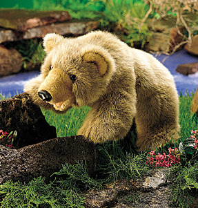 דב גריזלי  2138  grizzly bear puppet