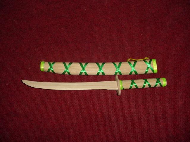 """חרב עץ סמוראית 63 ס""""מ"""