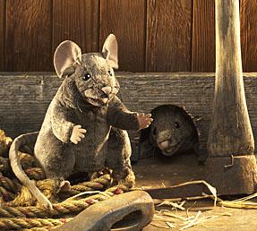 עכבר חום 2567  mouse puppet  FOLKMANIS