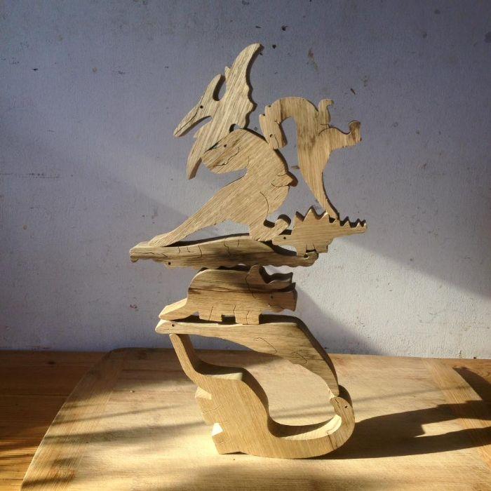 פירמידת הדינוזאורים B1005