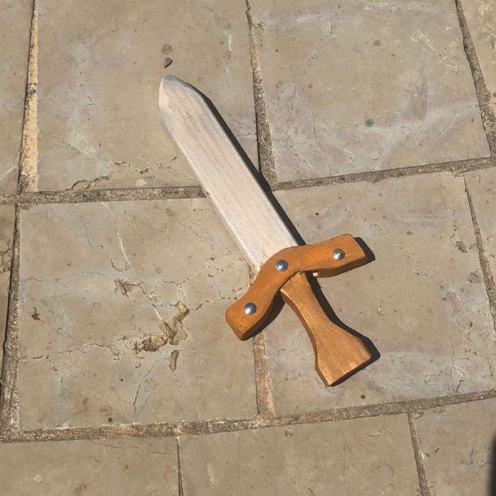 חרב אבירים מעץ 103B