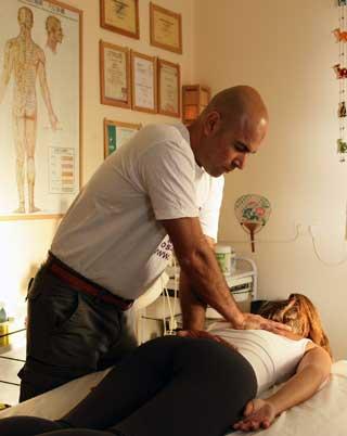 טיפול שיאצו - אלי ספיר - מטפל בשרון - 0544213151