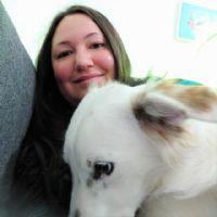 נויה אטיה - מטפלת בעזרת בעלי חיים