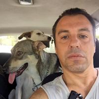 יוני יושע - מטפל בעזרת בעלי חיים אזור המרכז