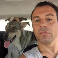 יוני יושע - פסיכוטרפיסט ומטפל בעזרת בעלי חיים