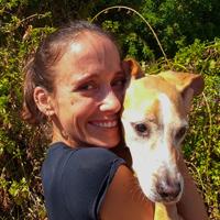 נטע קדמי - מטפלת בעזרת בעלי חיים