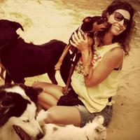 עדי פישר - טיפול בעזרת כלבים