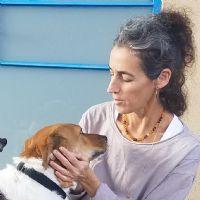 ניצן ישראלי מירוז - מטפלת בעזרת בעלי חיים ואומנות
