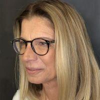 שרית לוי - מטפלת בעזרת בעלי חיים