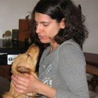 נועה גפני - מטפלת בעזרת בעלי חיים כלבים