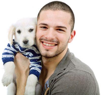 לימודי כלבנות טיפולית - סטודנט עם כלב