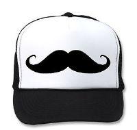 כובע רשת עם הדפס של שפם