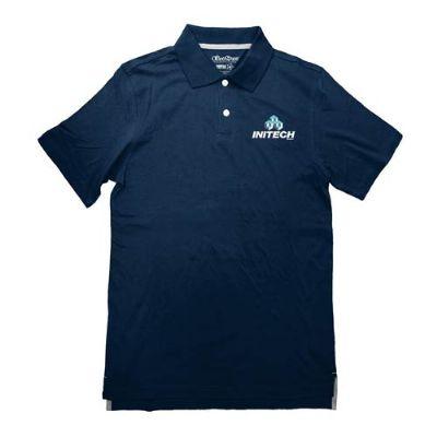 לוגו מודפס בחלקו הקדמי של חולצת צווארון כחולה
