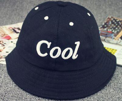 הדפסת לוגו על כובעים מסוגים שונים