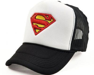 הדפסת לוגו על כובע טמבל