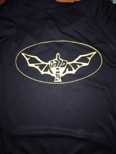 הדפסת סמלים על חולצות צבא