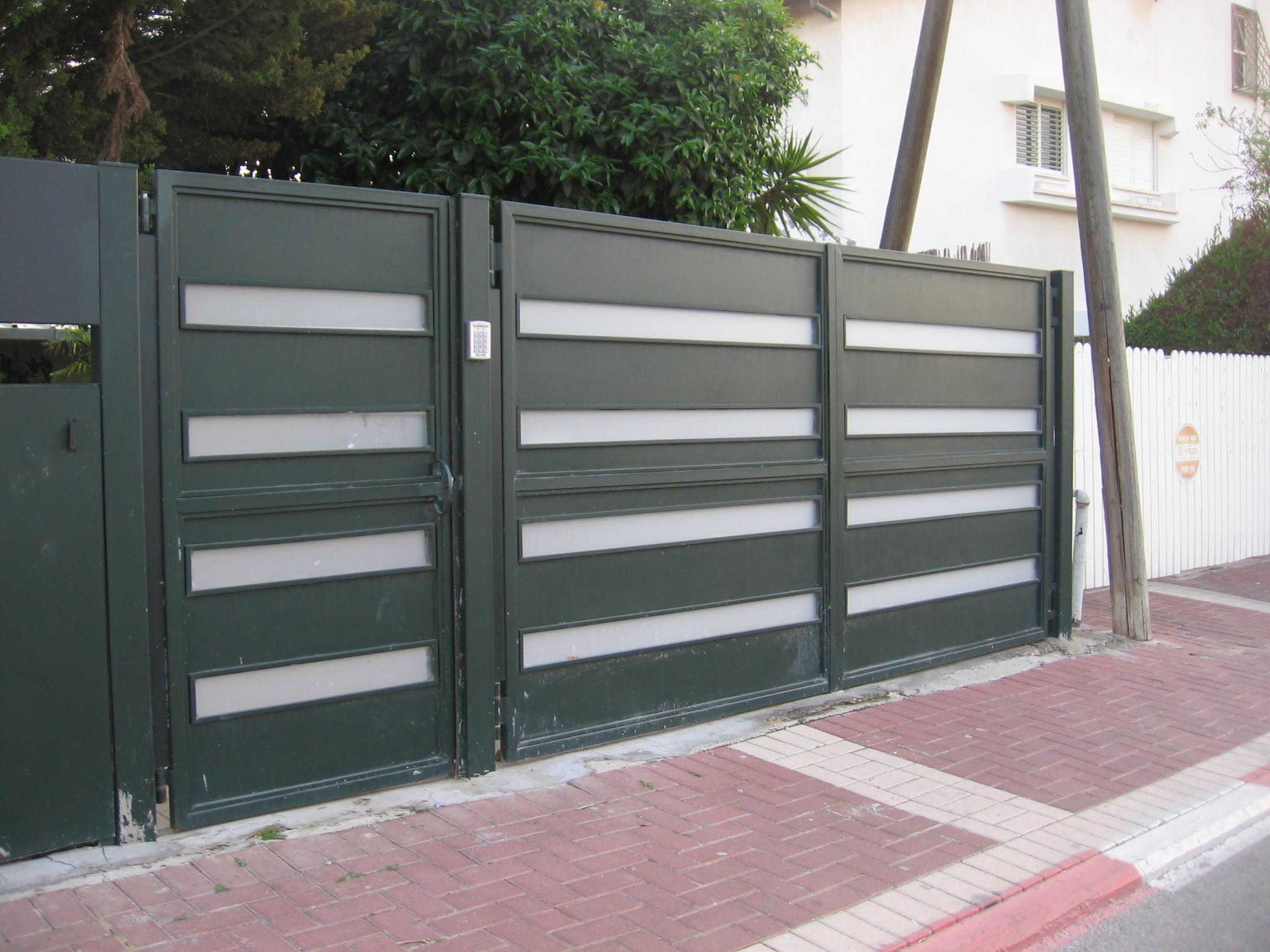 מסודר ש כהן מחסן ברזל רחובות - שערים אוטומטיים FA-08