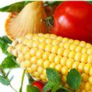 סלט ירקות עם תירס ועוף