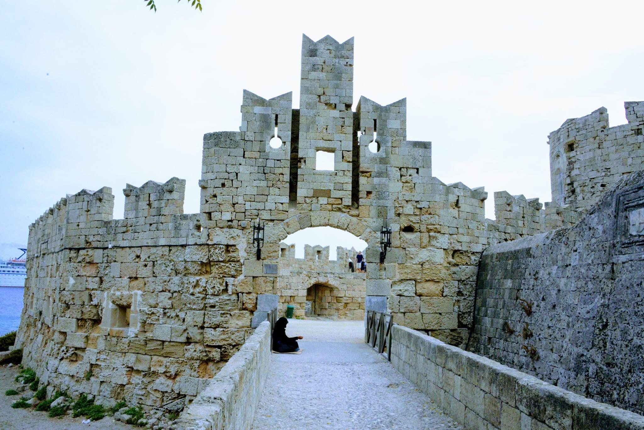 שער St. Paul's Gate
