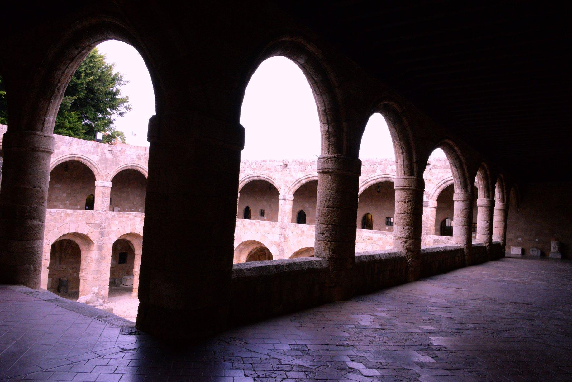 המוזיאון הארכיאולוגי ברודוס