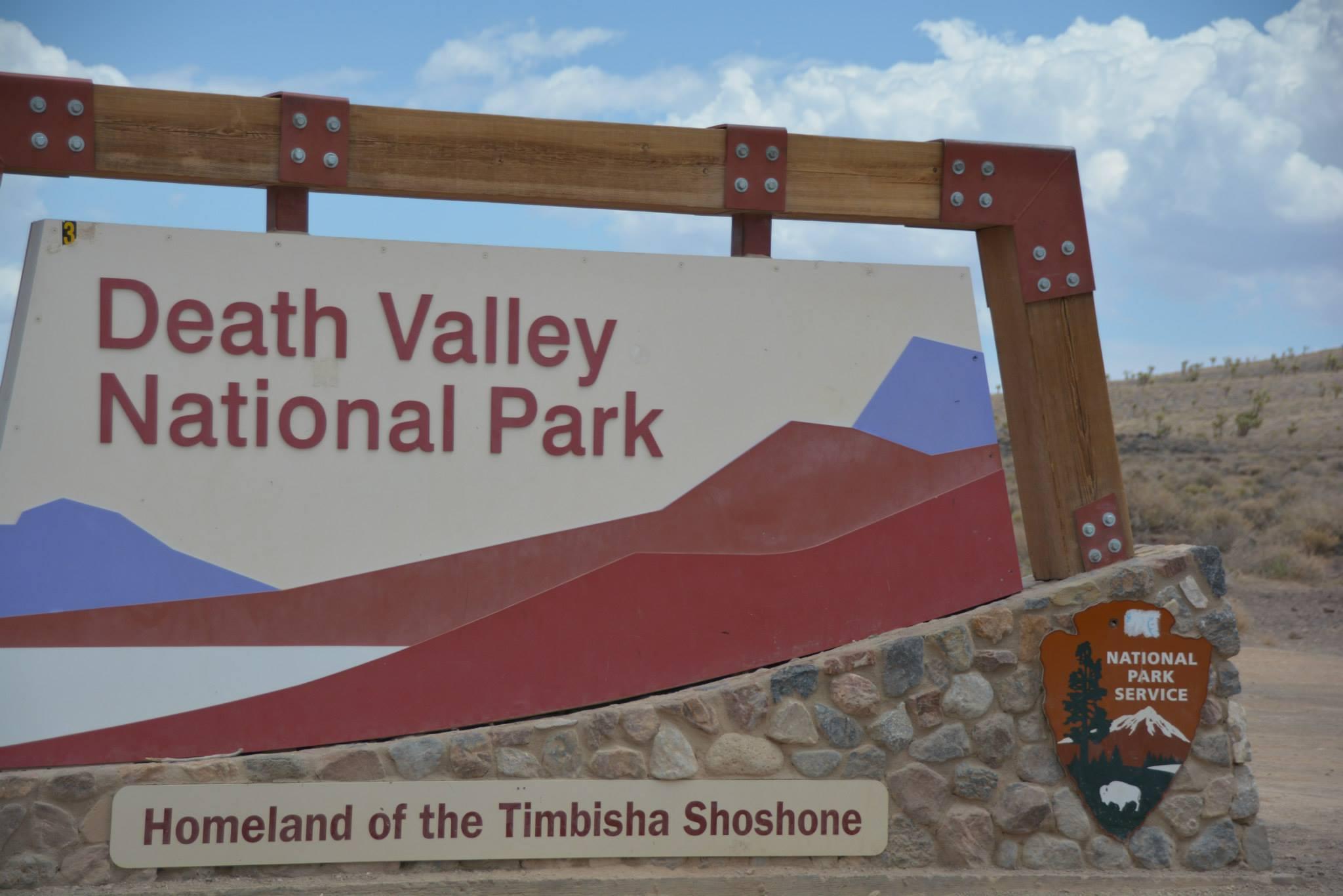 שלט הכניסה לפארק-עמק המוות