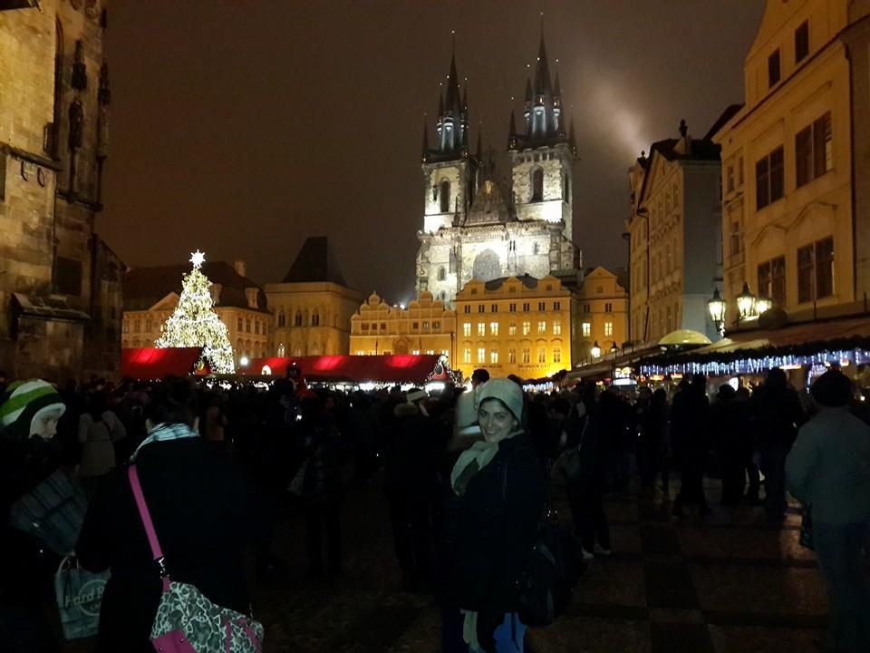 כיכר העיר העתיקה Staroměstské náměstí בלילה