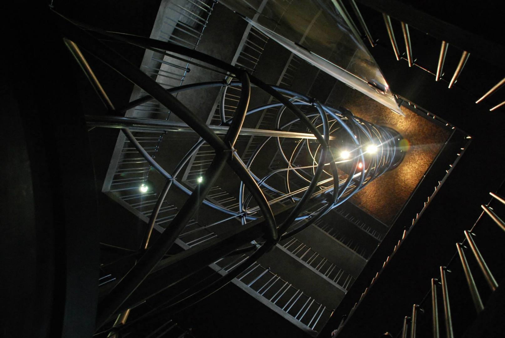 המדרגות הלולייניות אל ראש המגדל