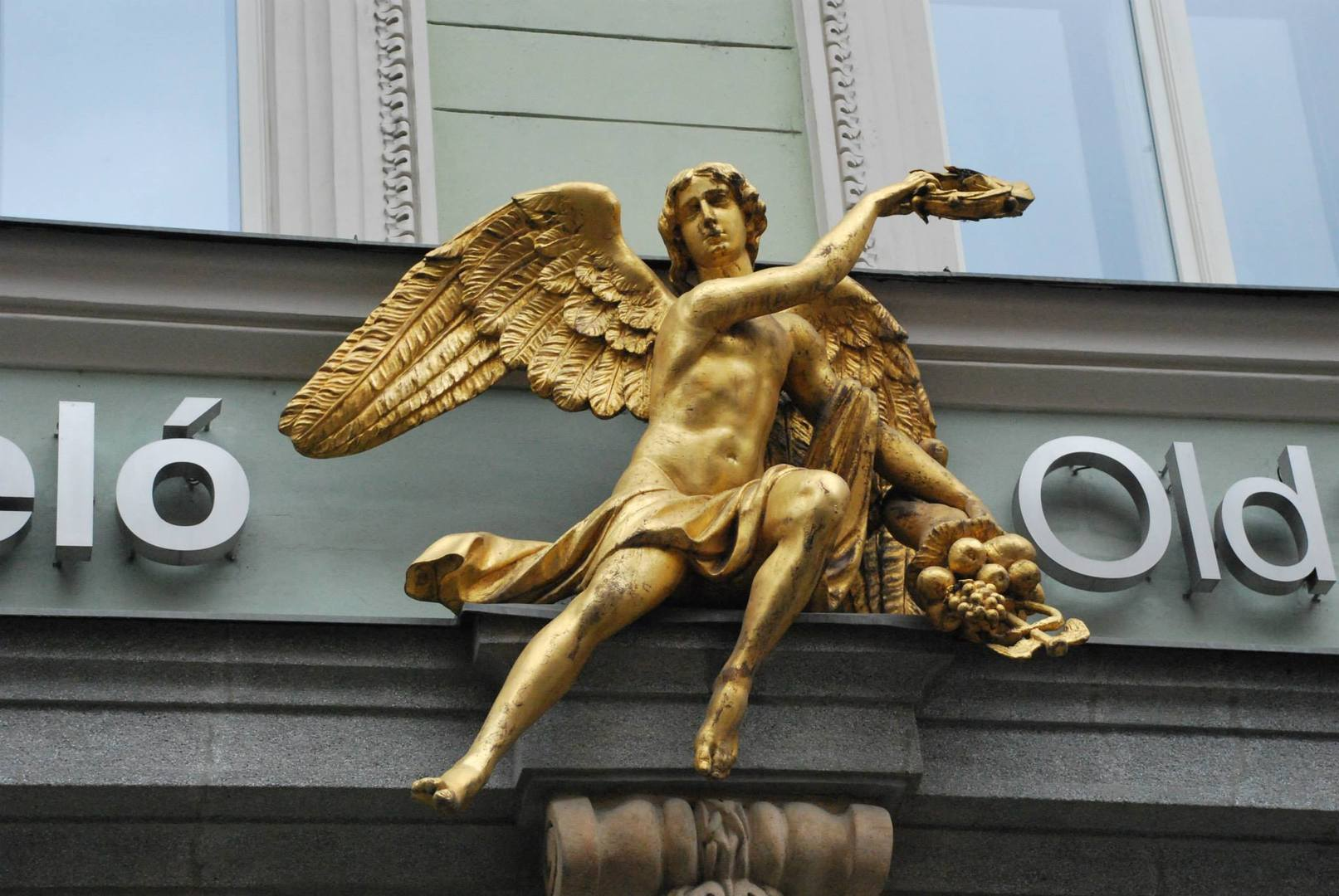 בית מלאך הזהב