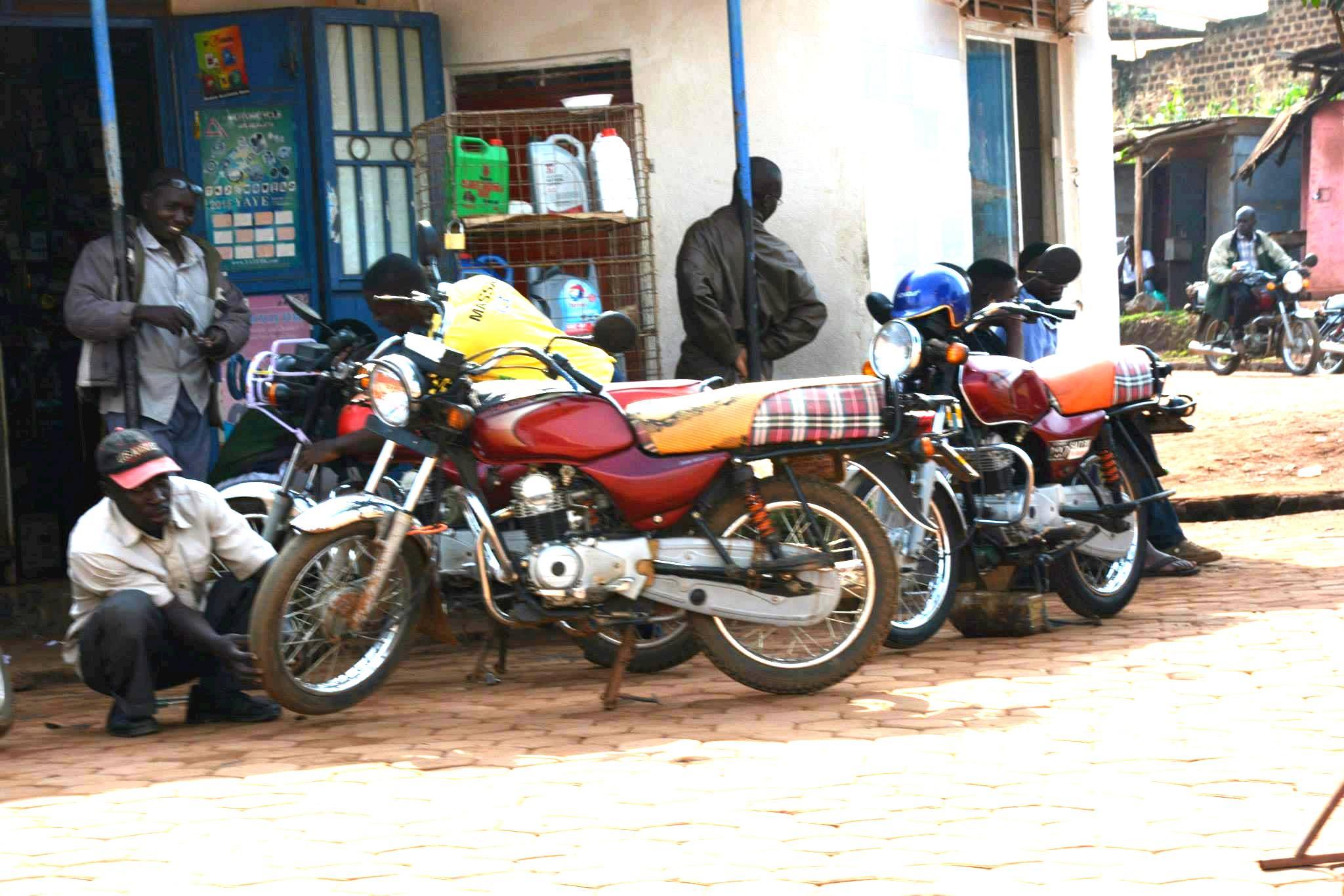 אופנועים-כלי רכב מרכזי באוגנדה