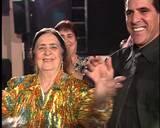 פנחס עידן מגלה שחלק מתפקיד ראש עיריית לוד זה לרקוד במסיבות