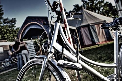 מנעולי אופניים U עם מפתח לד לחושך